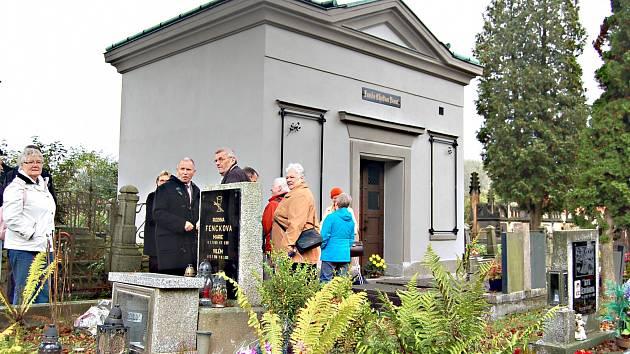 OPRAVENÁ hrobka rodiny Breinl.