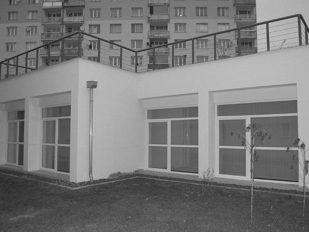 Centrum ucelené rehabilitace sídlí ve Slavíčkově ulici.