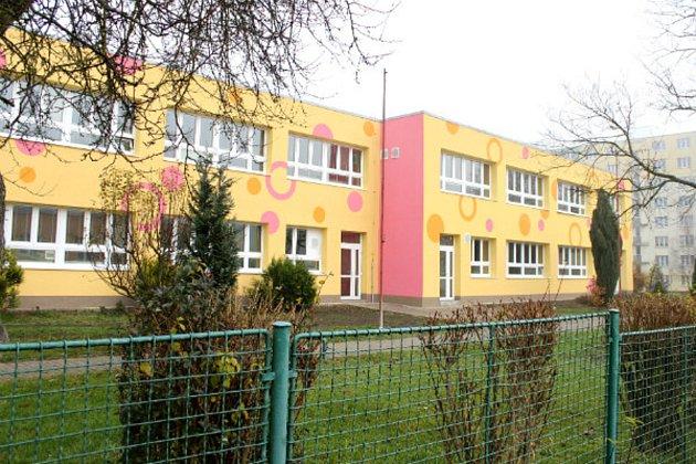 Chodov kvůli úsporám zateplil poslední dvě mateřské školy.