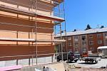 Nové parkovací plochy buduje město i u Komunitního domu seniorů.