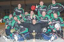 Hokejisté Kynšperku obhájili prvenství v soutěži neregistrovaných hráčů