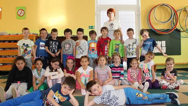 Děti ze třídy Pampelišek.