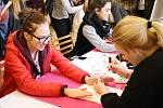 Na veletrhu se představilo na 30 fiktivních studentských firem z České republiky i Slovenska.