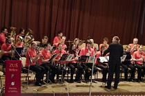 Dechový orchestr mladých Zlatíčka ze Stříbra