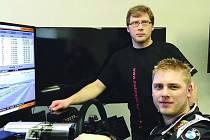 MICHAL MATĚJOVSKÝ s Petrem Lisou (v pozadí) po tréninku.