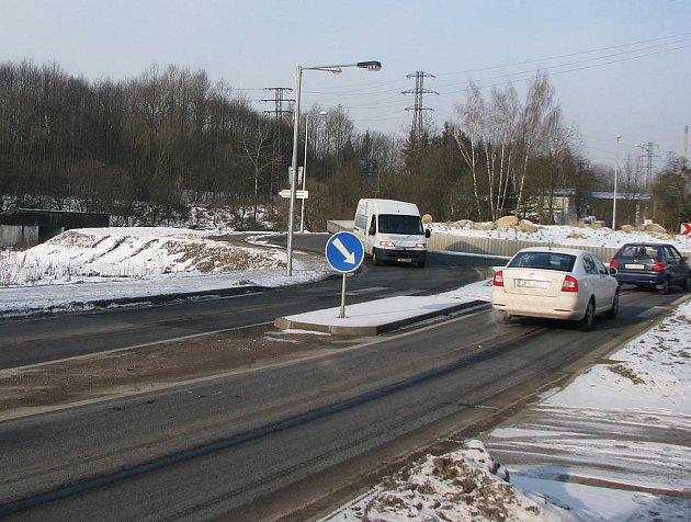 Kruhová křižovatka v sokolovské ulici Kraslická