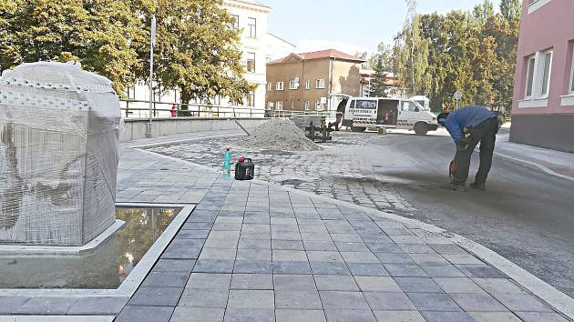 Práce na nábřeží P. Bezruče