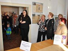 Vernisáž výstavy historických plánů a map přitáhla pozornost řady lidí. Exponáty jsou v Panském domě k vidění do 24. února.