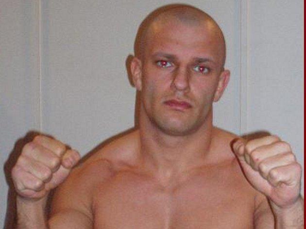 Karlovarský zápasník nastoupí do boje o titul evropského šampiona.
