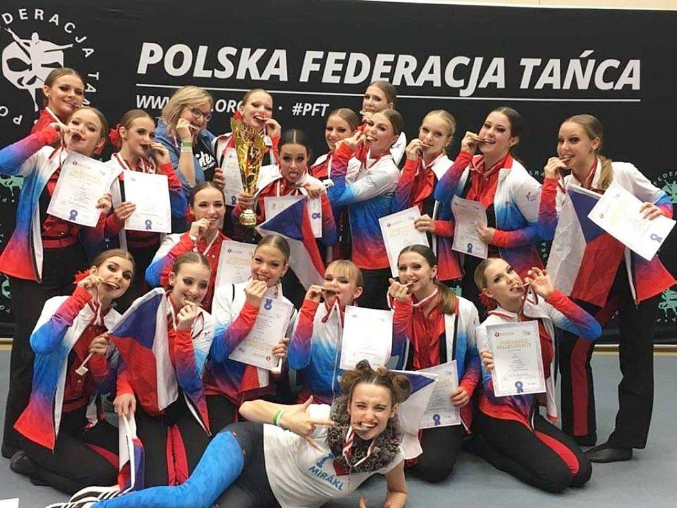Tanečnice uspěly na mistrovství světa v Polsku.