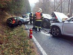 U Kraslic se při nehodě zranili čtyři lidé.