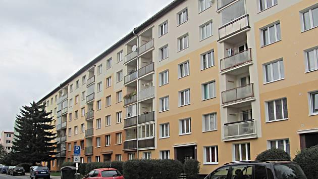 Regenerace sídliště v Horním Slavkově potrvá roky. Realizace byla rozdělena do 22 etap.