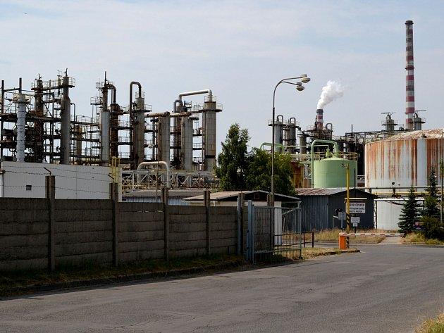 V areálu zpracovatelské části na Vřesové neukázala speciální měření únik žádných látek. Zápach se šířil z odkaliště v blízkosti Staré Chodovské.