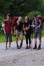 Celá skupina po týdnu pěšího cestování po Slovenském rudohoří
