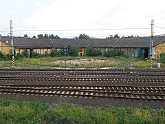 Bývalé železniční depo Sokolov.