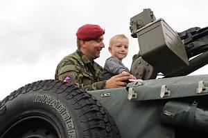 Den s armádou na sokolovské Bohemce.