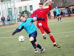 Krajský přebor: Spartak Horní Slavkov - Hvězda Cheb (v červeném)