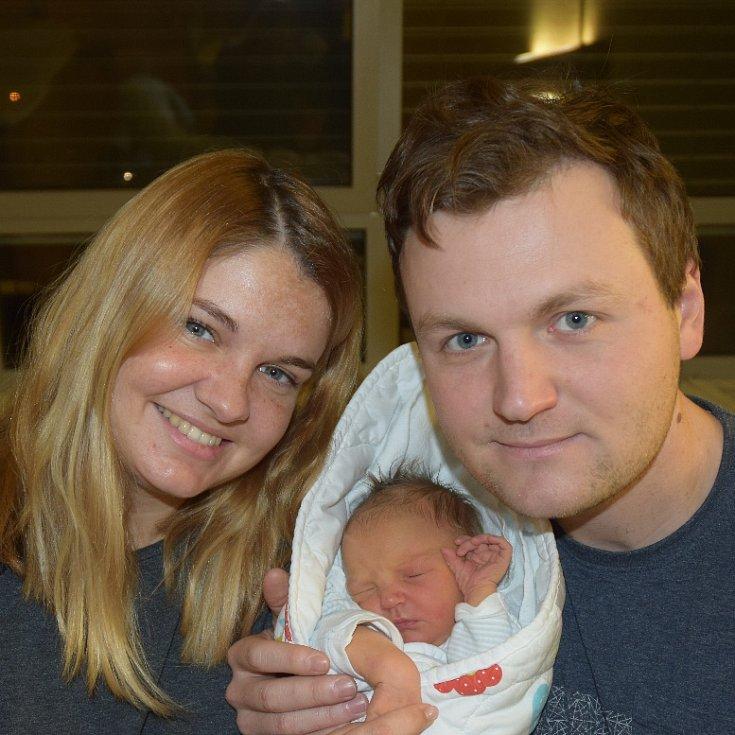Vojtěch Žirovnický z Tábora. Přišel na svět  4. prosince ve 3.03 hodin hodině jako prvorozený syn rodičů Irenya Jiřího. Po narození vážil 3440 gramů a měřil 48 cm.