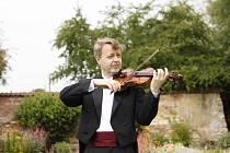 Kruh přátel hudby PAVEL ERET Setkání s Bachem, Paganinim a našimi současníky.