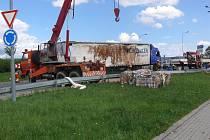 Nehoda u táborského Tesca zkomplikovala téměř na celý den provoz.