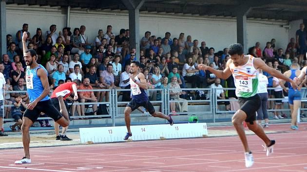 OZDOBOU mítinku by mohl být souboj Jana Veleby a Jána Volka ve sprintu.