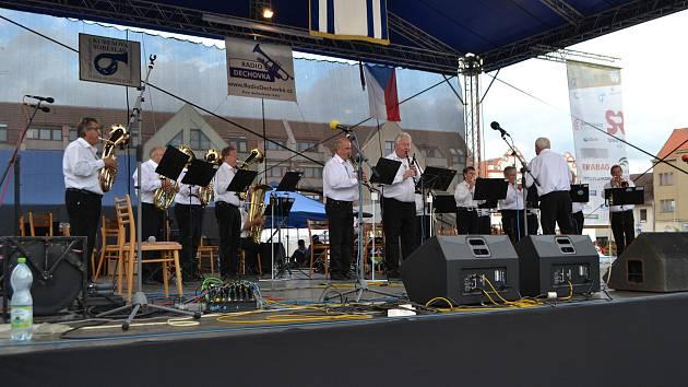 V sobotu se sešli příznivci dechovky na prvním dni 23. ročníku mezinárodního festivalu dechových hudeb Kubešova Soběslav.