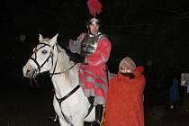 Svatého Martina na bílém koni očekávaly i děti v Sezimově Ústí.