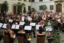 Koncert se koná v sobotu 14. září od 16.15 hodin na hlavním pódiu na Žižkově náměstí.