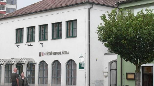 Střední odborná škola ve Veselí mění od 1. září svůj název.