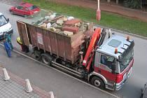 Přestože žil jako na skládce odpadu, státu odkázal 1,6 milionu korun.