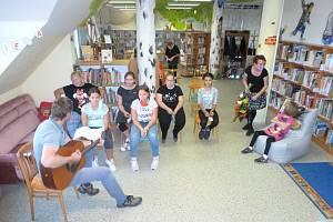 Středeční odpoledne 23. září si knihovna v Plané nad Lužnicí zapíše s radostí do kroniky.