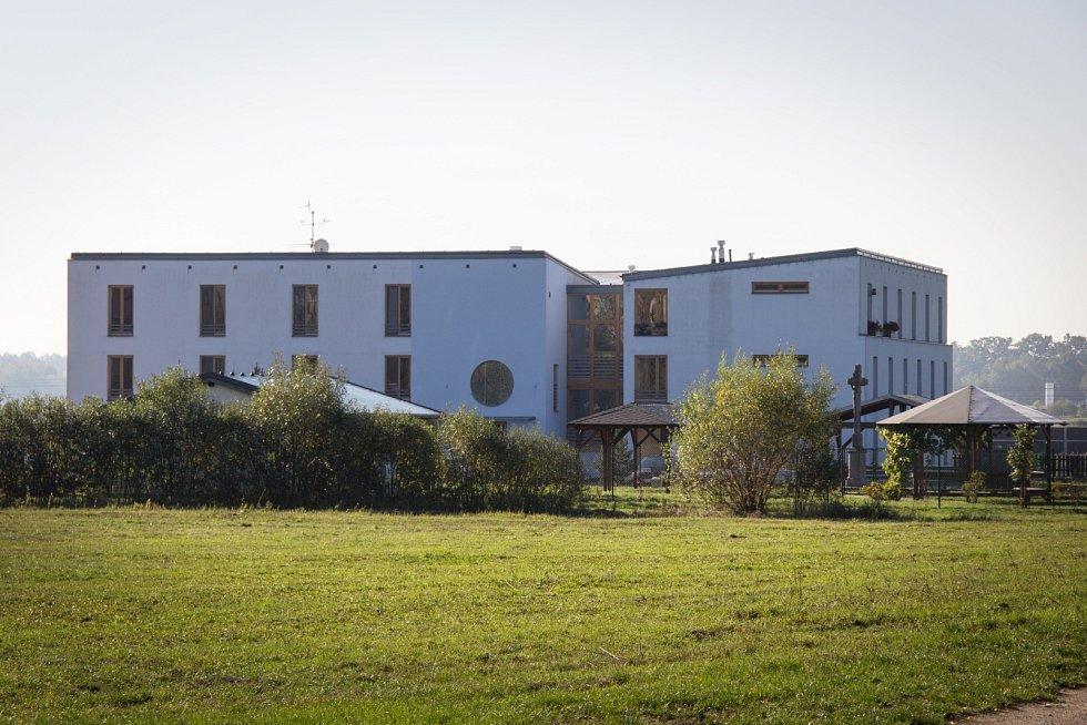 Dům sv. Františka – chráněné bydlení pro osoby se zdravotním postižením nad 30 let.