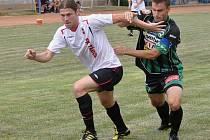 Novic Miroslav Kučera (vlevo) v Milevsku naznačil gólové předpoklady.