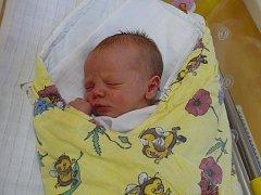 FILIP PIMPER ZE SOBĚSLAVI.  Prvorozený syn svých rodičů poprvé na svět zakřičel 11. prosince ve 22.40 hodin. Vážil 2810 g a měřil 49 cm.