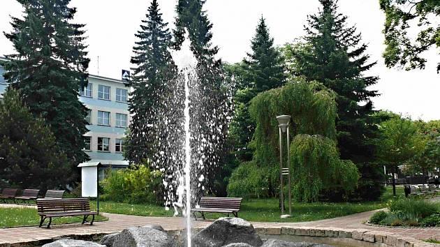 Sezimovo Ústí, park v hodní části města.