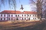 Nadějkovský zámek.