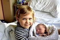 Marek Maňák z Jistebnice. Narodil se 19. listopadu v 18.12 hodin. Vážil 3840 gramů, měřil 49 cm a doma už má sestřičku Valérii (4).
