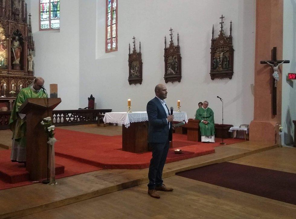 12. července byl Miroslav Petrášek slavnostně uveden do funkce ředitele při nedělní mši v táborském Kostele Proměnění Páně na Hoře Tábor.