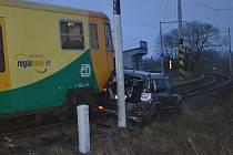 Na Horkách se 30. listopadu srazil vlak s autem.