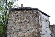 Bechyňské hradby pro letošní turistickou sezonu získaly novou naučnou stezku.