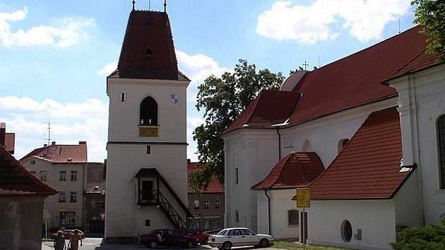 Kostel v Mladé Vožici.