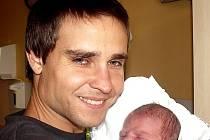 VOJTĚCH JUŘINA Z TÁBORA.  Rodičům Ivě a Robertovi se 2. září v 0.25 hodin narodil první syn. Jeho váha byla 3300 g, míra 49 cm.