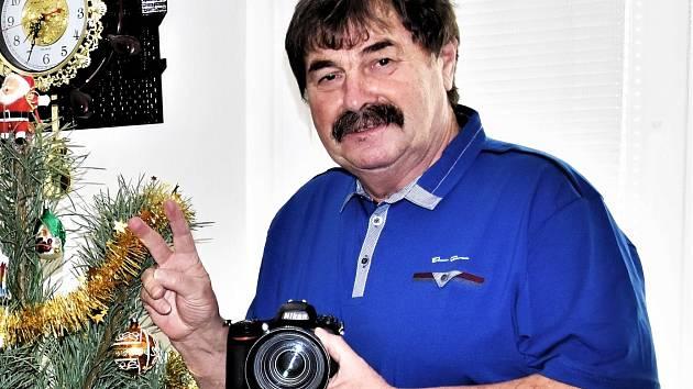 Jan Škrle si v důchodu užívá své životní koníčky dvojnásob. A rád pak se svými snímky a zážitky dělí na facebooku s ostatními.