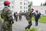 Premiér Babiš navštívil 42. mechanizovaný prapor v Táboře.