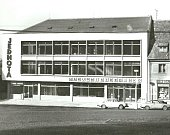 Mladovožická Jednota slaví čtyřicet let svého vzniku. Od otevření nákupního střediska v roce 1977 se změnilo mnohé.