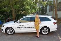 Nové vozidlo Škoda Octavia si převzali zástupci Nemocnice Tábor ve čtvrtek 6. srpna.