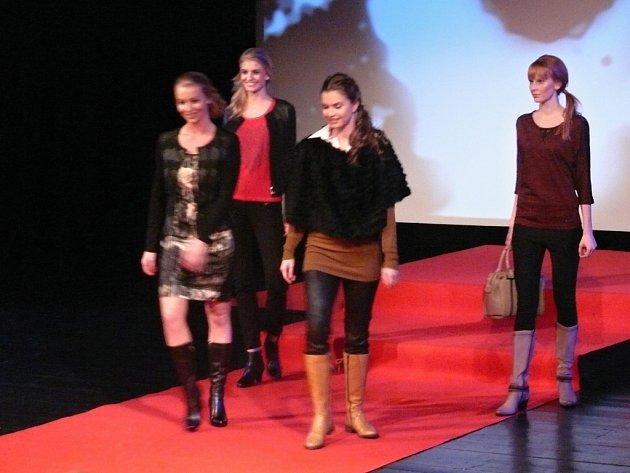 V sobotu se konala v sezimovoústeckém kině Spektrum akce s názvem Grand móda: Odpoledne pro ženy.