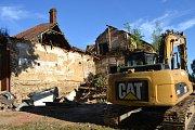 Ve čtvrtek město začalo s demolicí bývalého pivovaru.