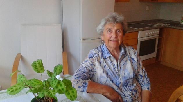 Jednaosmdesátiletá Marie Dřevová z Tábora.