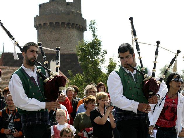 Festival rozezvučí Strakonice každé dva roky. Patří mezi nejvýznamnější folklórní festivaly na světě.